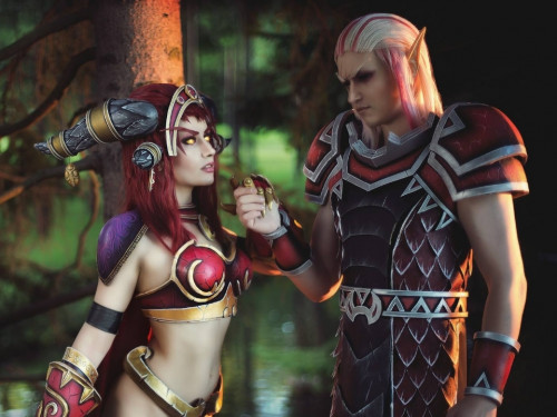 Cosplay Alexstrasza y Krasus: Narga y Aoki Lifestream