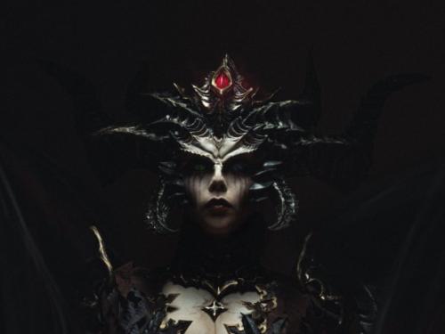 Cosplay Lilith: MuyangTan