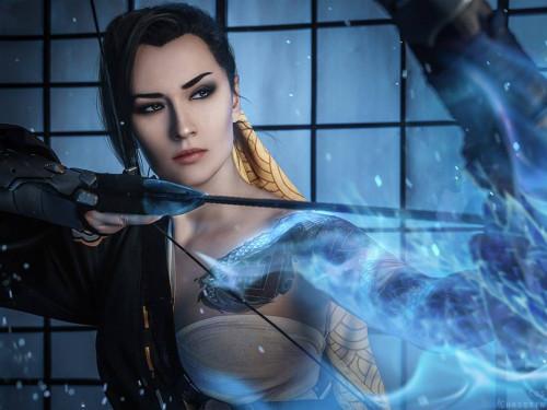 Cosplay Hanzo: Christin McCoy