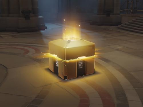 ¡Recreación de una Caja de Botín en Overwatch para pedir matrimonio!
