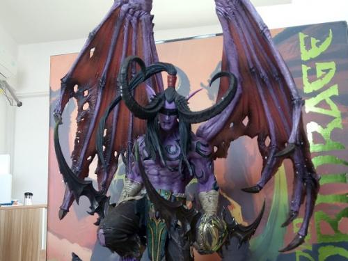 Estatuas de Warcraft y Overwatch MUY rebajadas en la Gear Store de Europa
