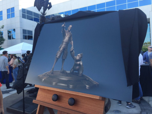 Estatua de Chris Metzen: ¡Realizada!