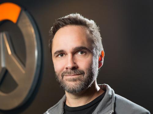 El director del juego de Overwatch, Aaron Keller, habla sobre su travesía en Blizzard