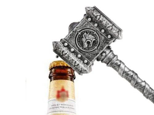 Merchandising de Blizzard: Abrebotellas de Doomhammer